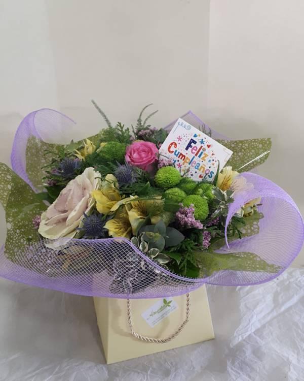 regalo cumpleaños flores